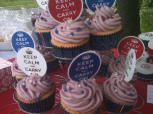 Vanilla cupcakes with Keep Calm and Carry On Picks, found these on Ebay!