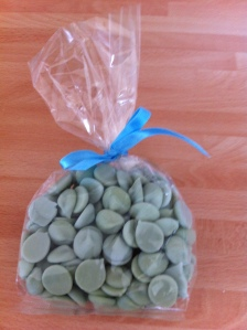 Delicate lemon flavoured chocolate buttons from York Cocoa House. They came in several other flavours. This was a 200g bag.
