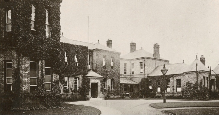 Greenbank Maternity Hospital, Darlington where I was born. It closed down ages ago